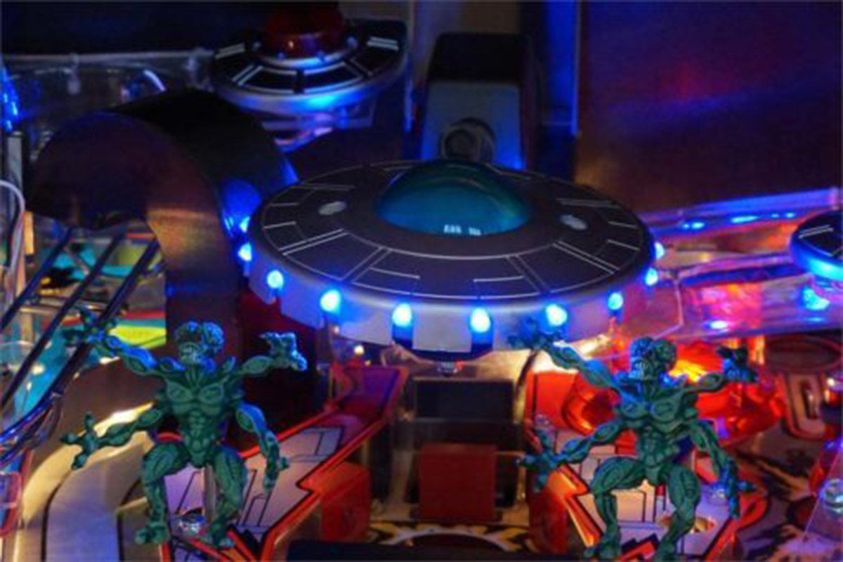 Ultimate Pinball Attack From Mars Remake Pinball Machine – Classic Edition