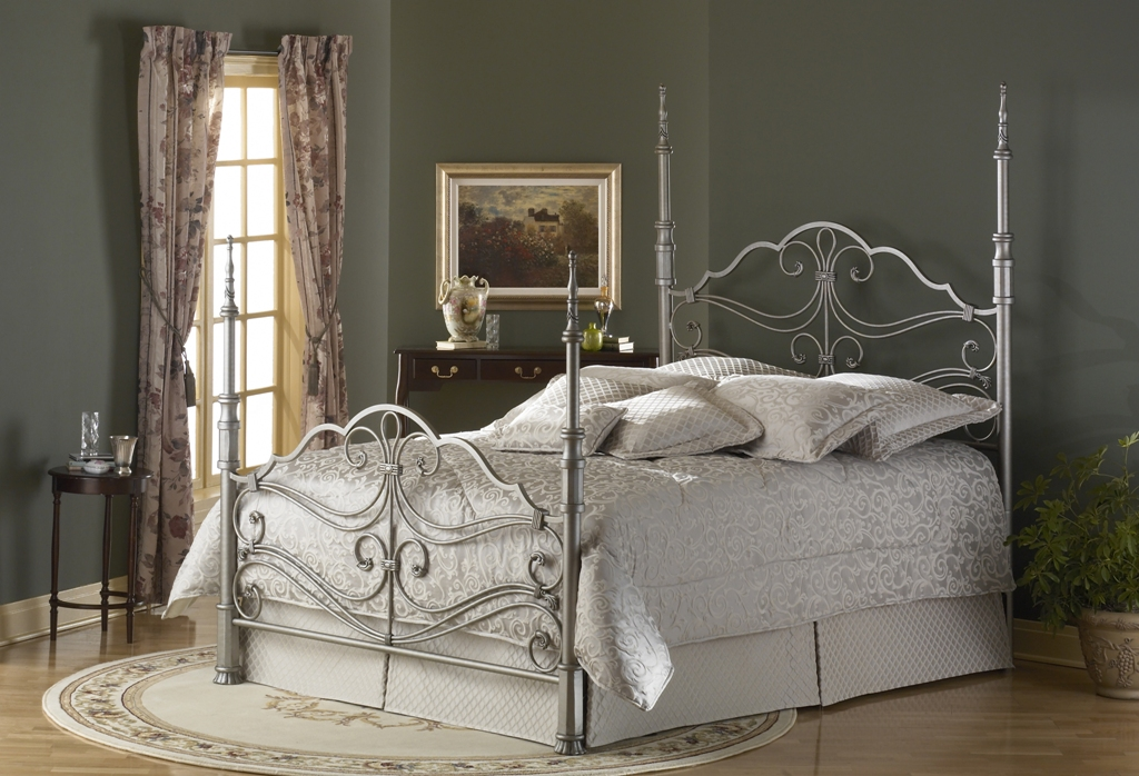 Fashion Bed Group Buckingham Bed