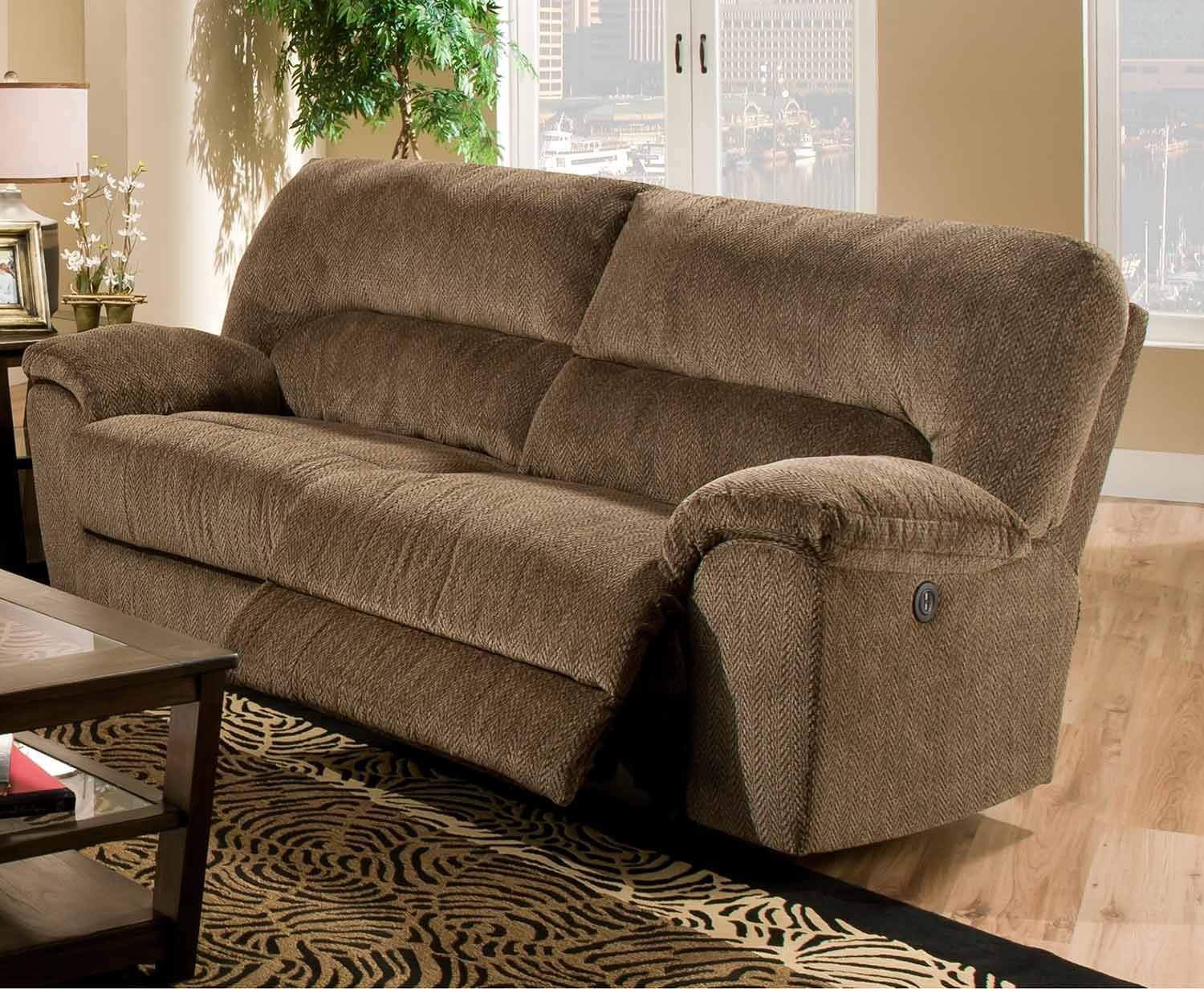 Chelsea home parr reclining sofa chf 18af7403 7980 gb at for Couch gb sofa
