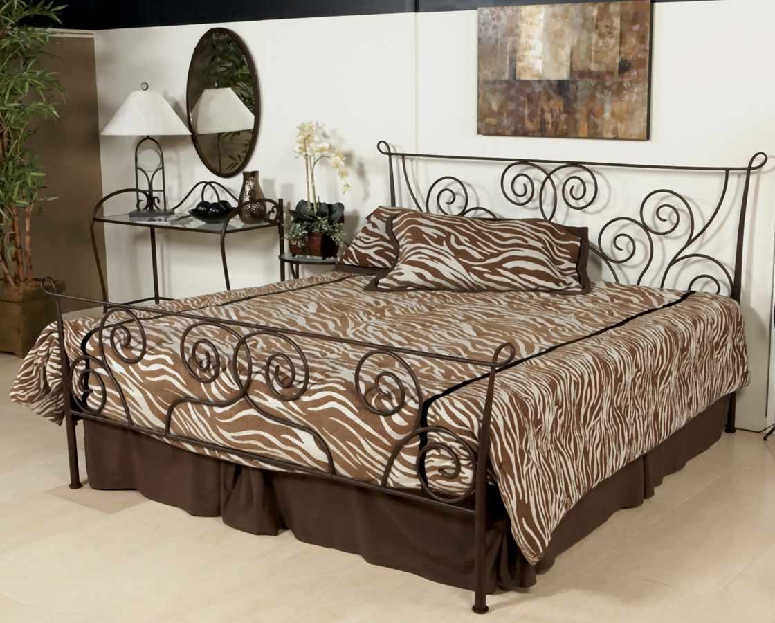 Chintaly Imports 511 Metal Bed