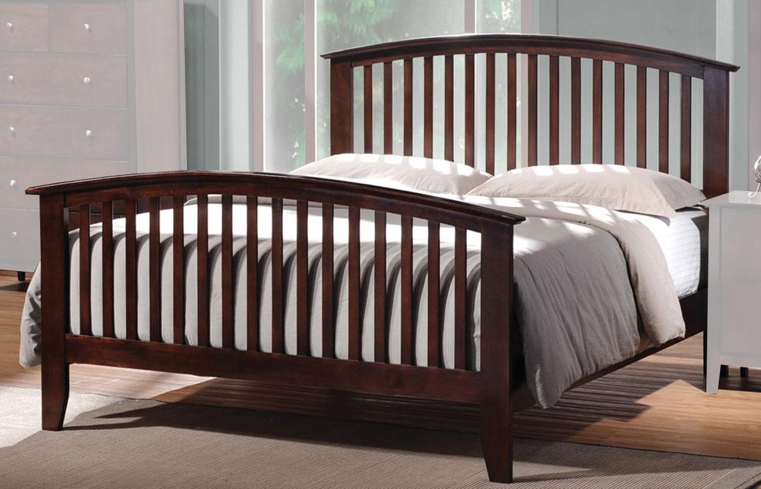 Coaster Tia Queen Bed