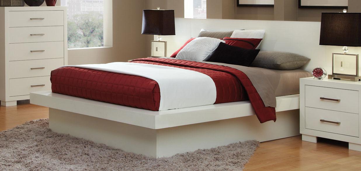 Coaster Jessica Queen Platform Bed