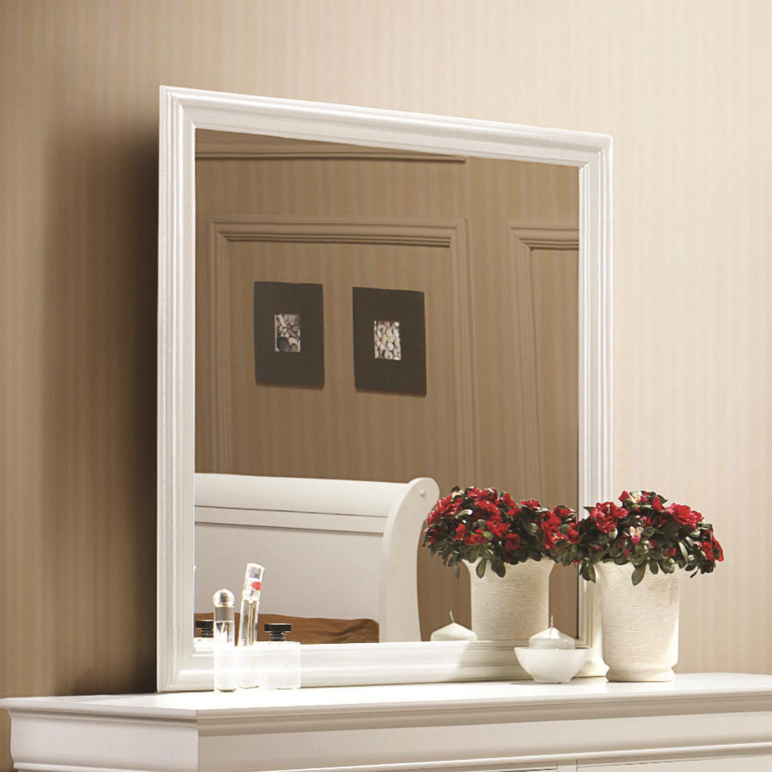 Coaster Louis Philippe Mirror - White