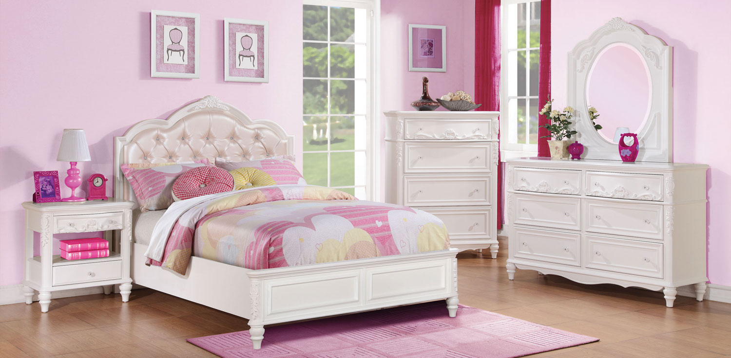 Coaster Caroline Upholstered Panel Bedroom Collection - White
