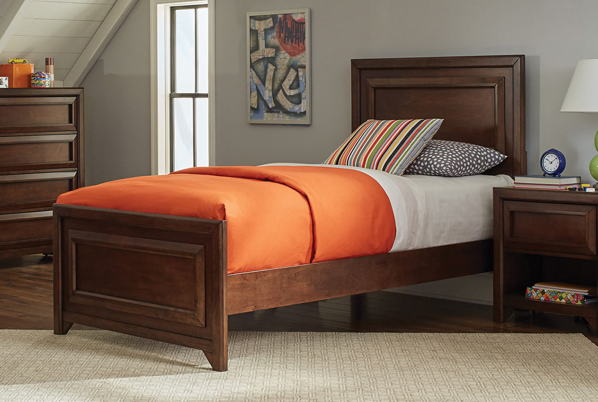 Coaster Greenough Panel Bed - Maple Oak