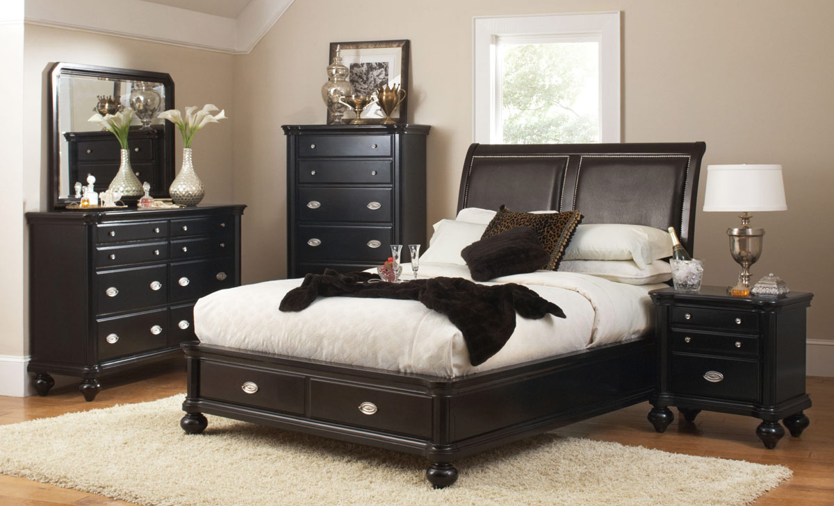 Coaster Valerie Bedroom Set