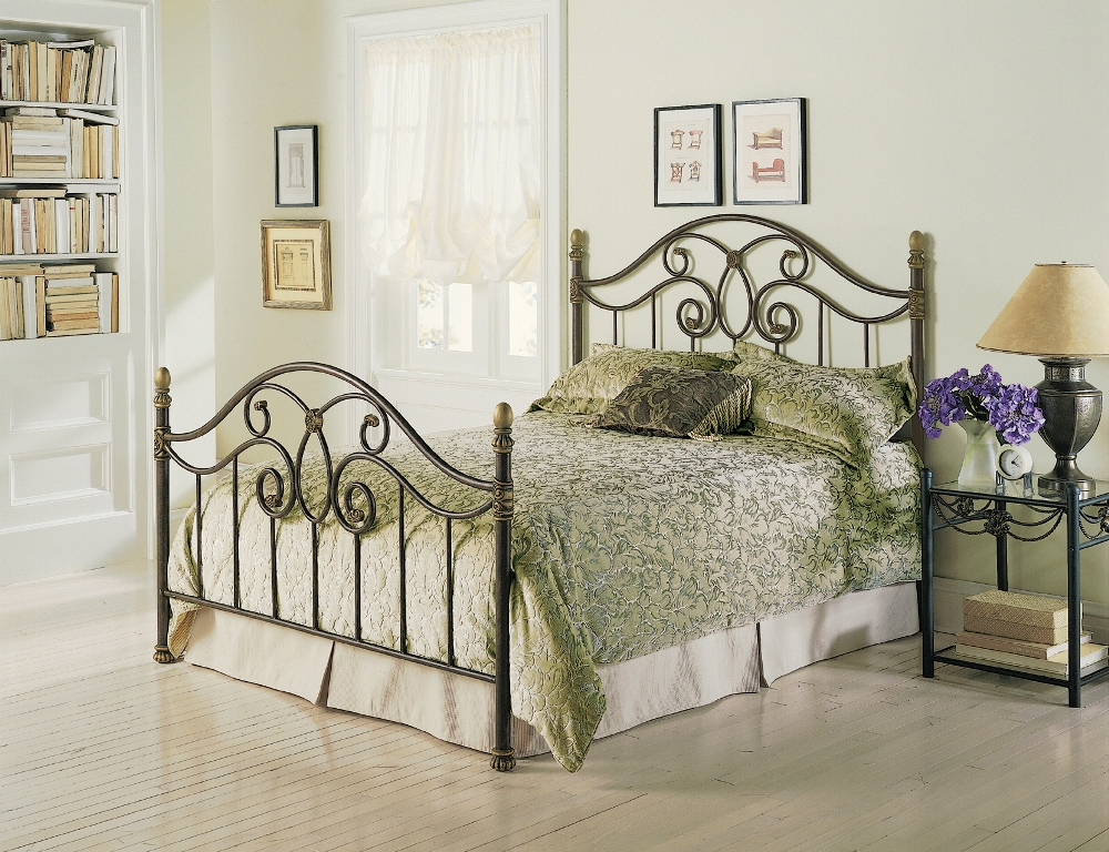 Fashion Bed Group Dynasty Bed in Alabaster