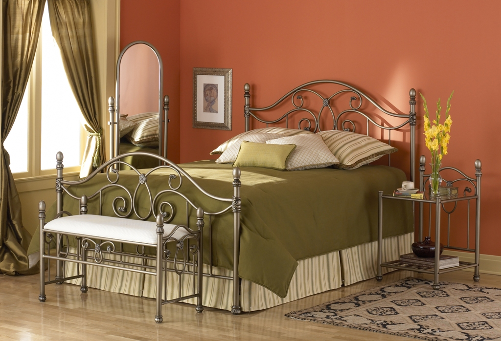Fashion Bed Group Dynasty Bed in Pumice/Gold Bullion