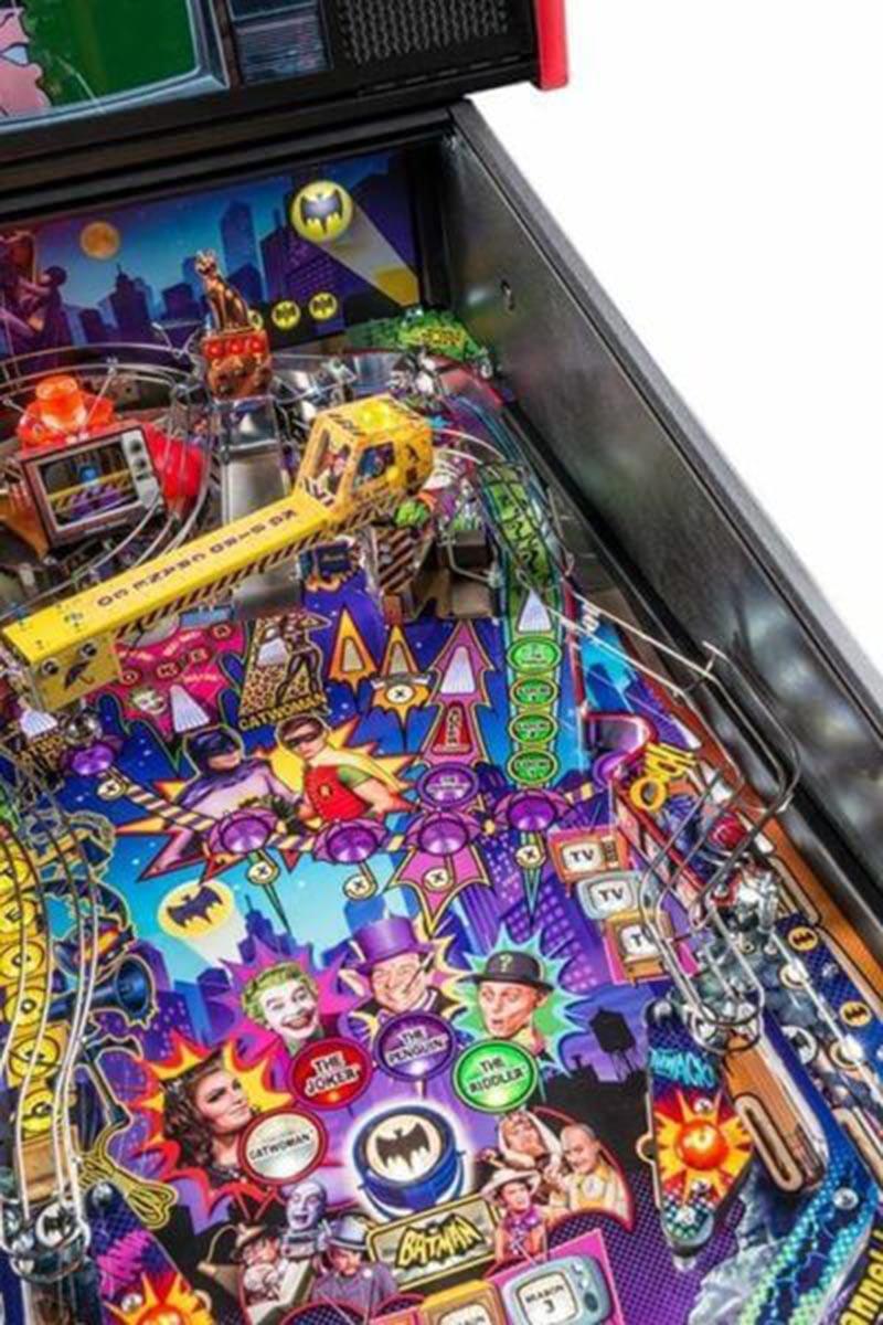 Ultimate Pinball Batman 66 Premium Pinball Machine