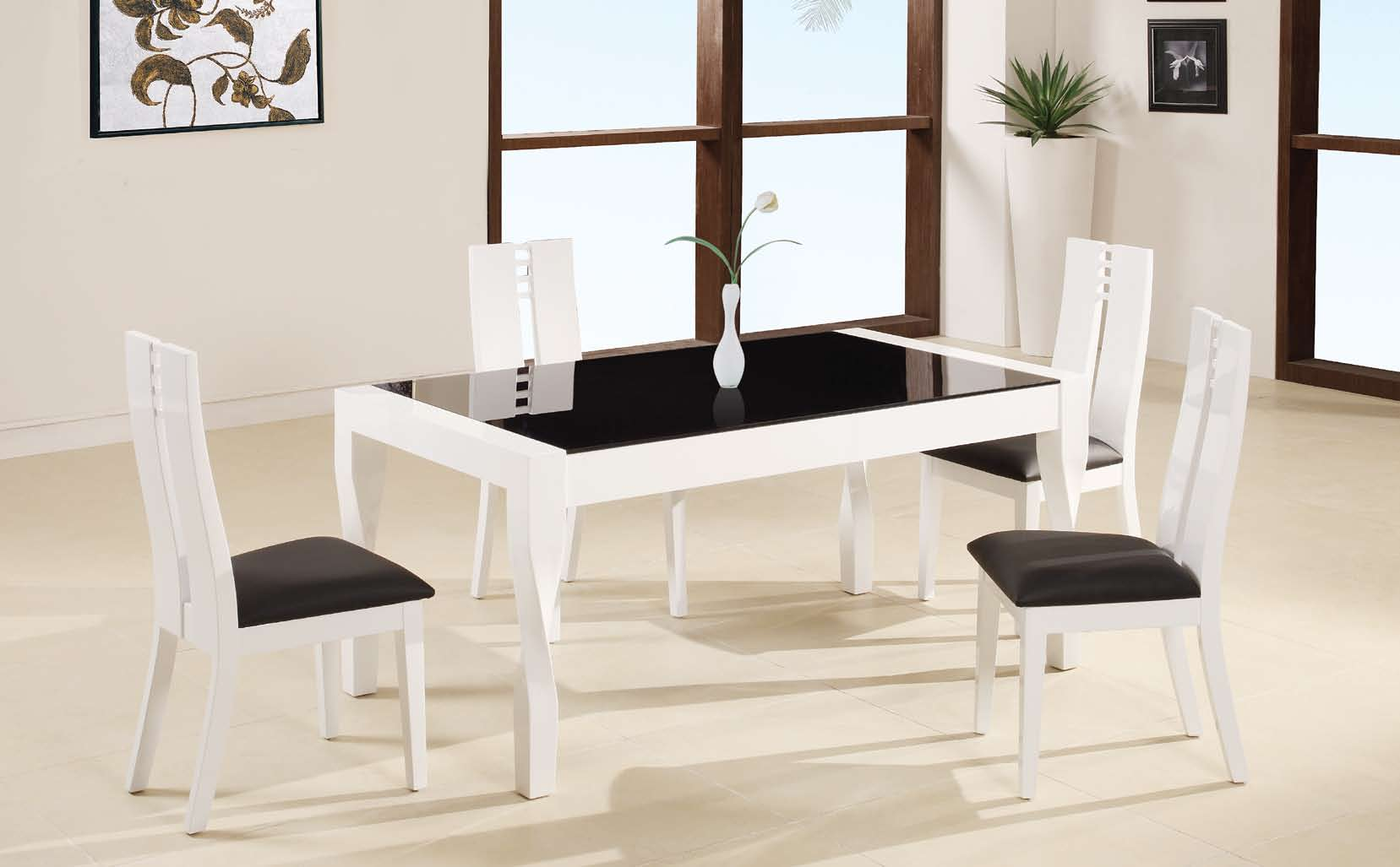 Global Furniture USA GF-822 Dining Set - Black/White