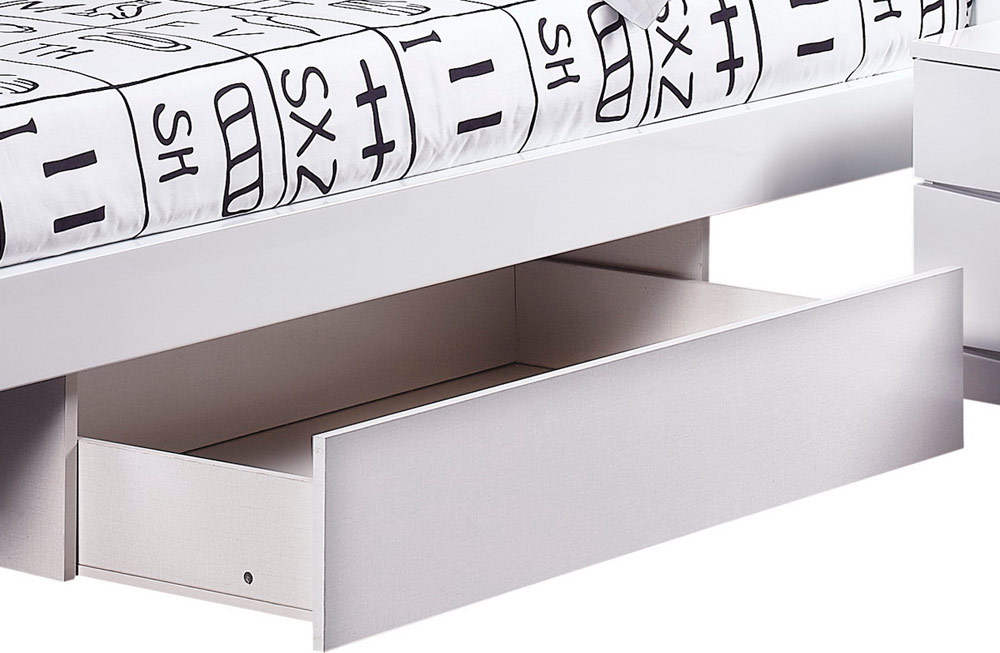 Global Furniture USA Aurora Platform Bed - White