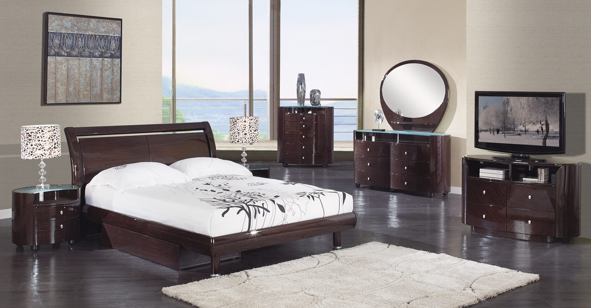 Global Furniture USA Emily Platform Bedroom Collection - Wenge
