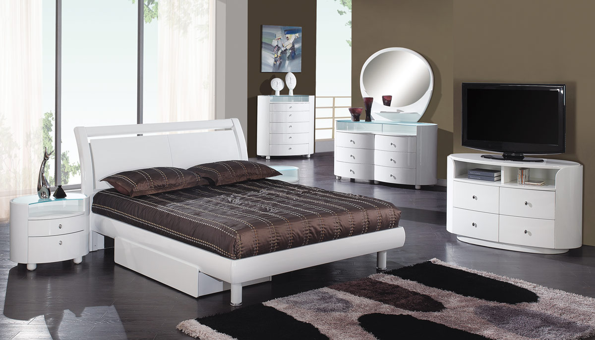 emily bedroom set. Global Furniture USA Emily Platform Bedroom Collection  White GF