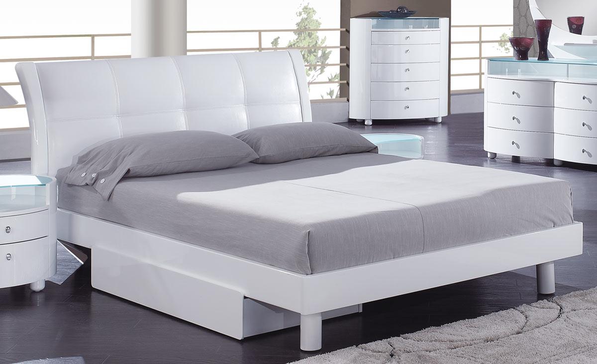 Global Furniture Usa Evelyn Platform Bed White Evelyn Wh