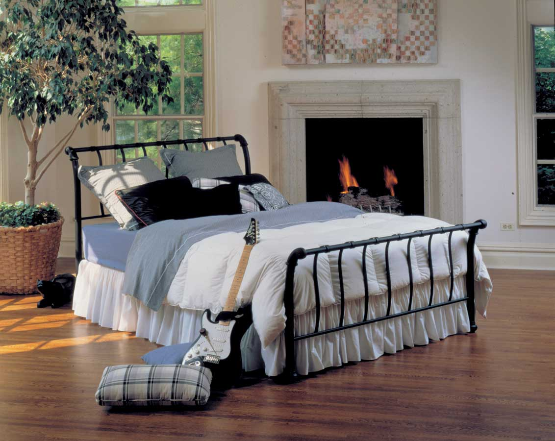 Hillsdale Janis Bed 01654