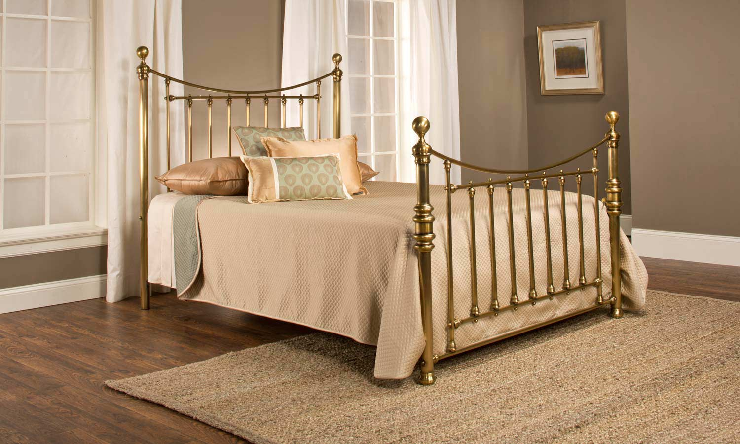 Hillsdale Old England Bed - Antique Brass