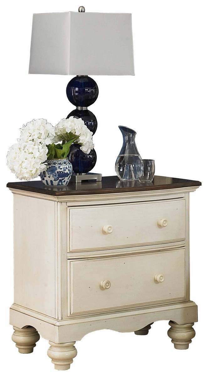 Hillsdale Pine Island Nightstand - Old White