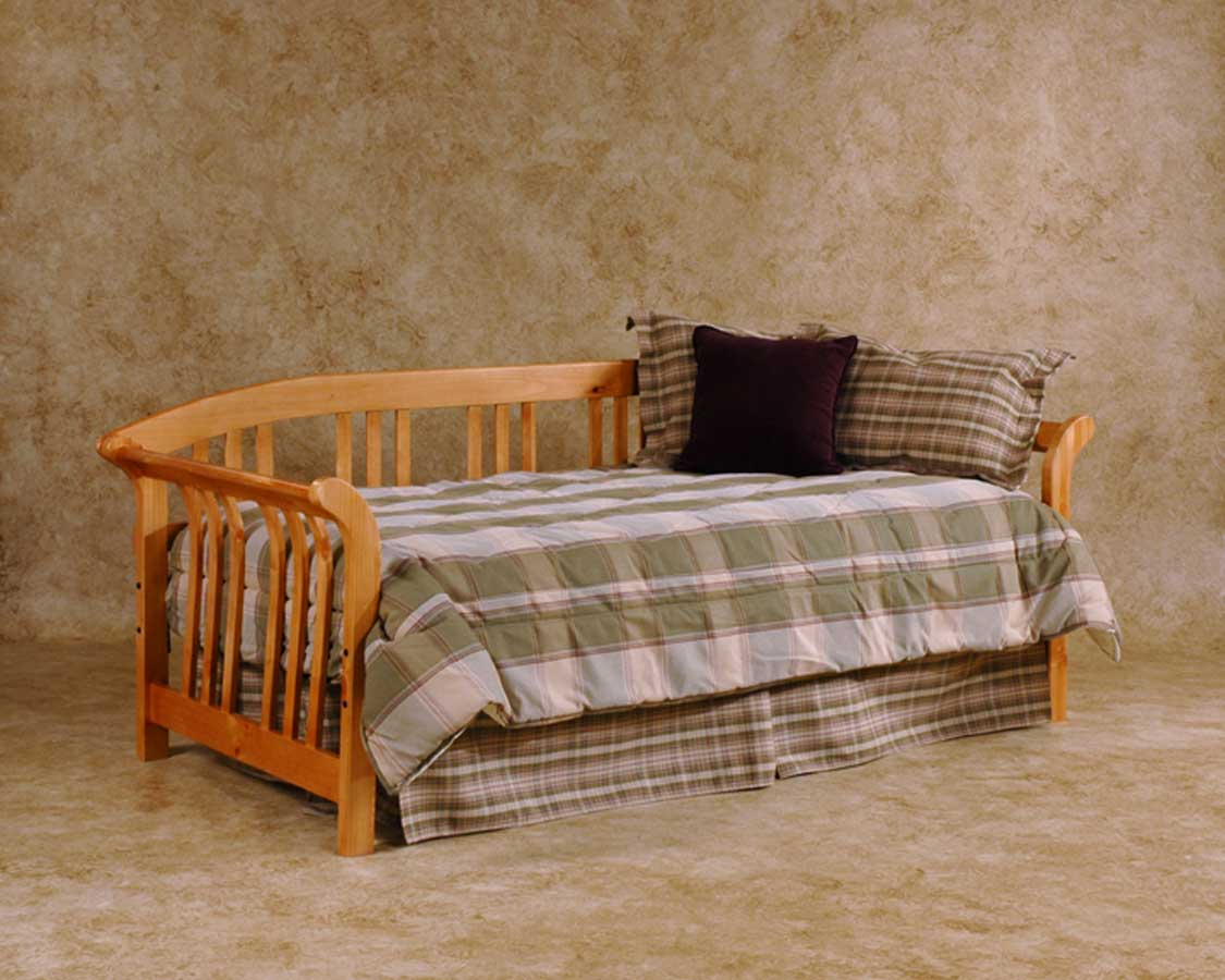 Hillsdale Dorchester Daybed Country Pine Hd 1104 010 020 At
