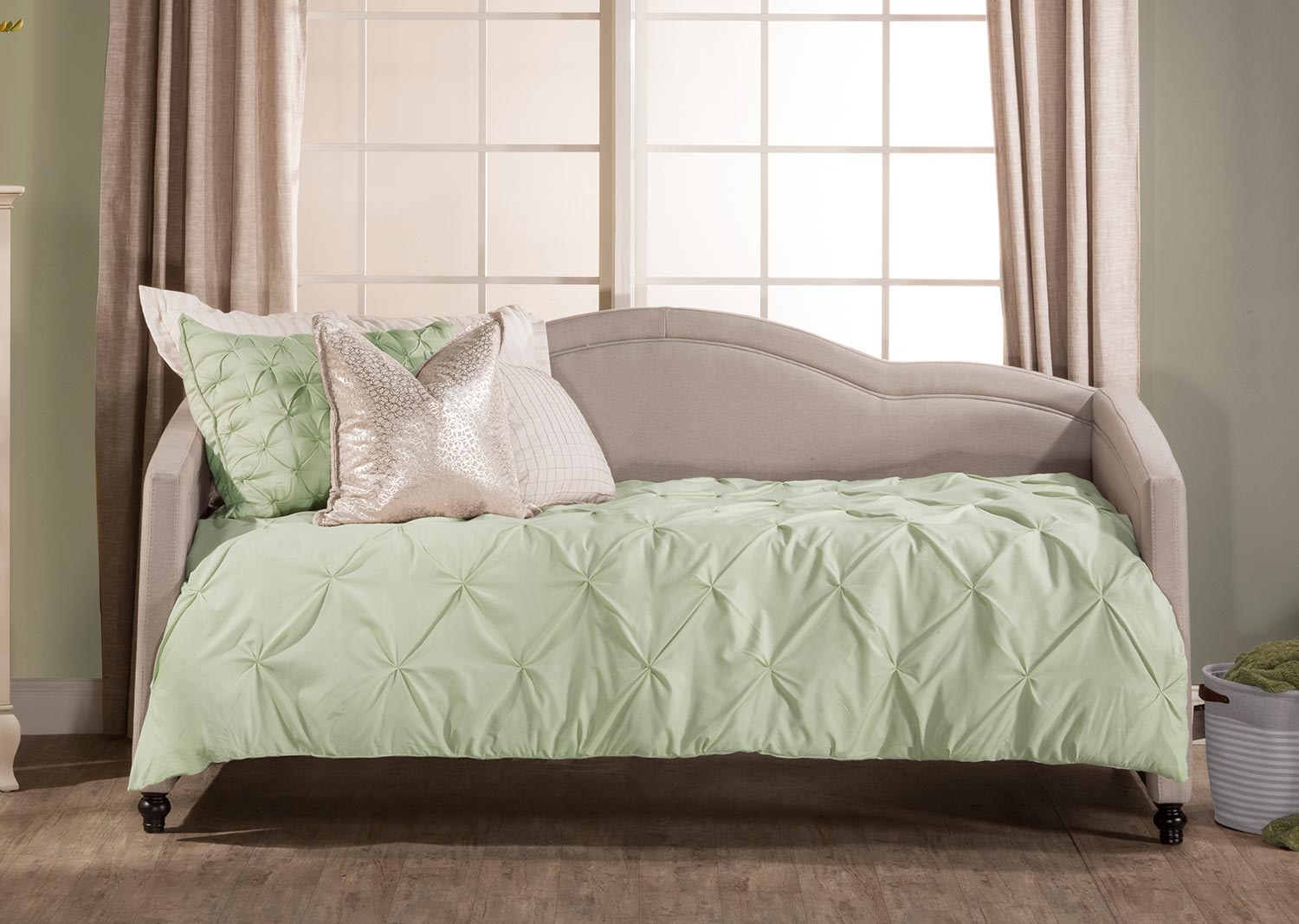 Hillsdale Jasmine Daybed - Dove Gray Fabric
