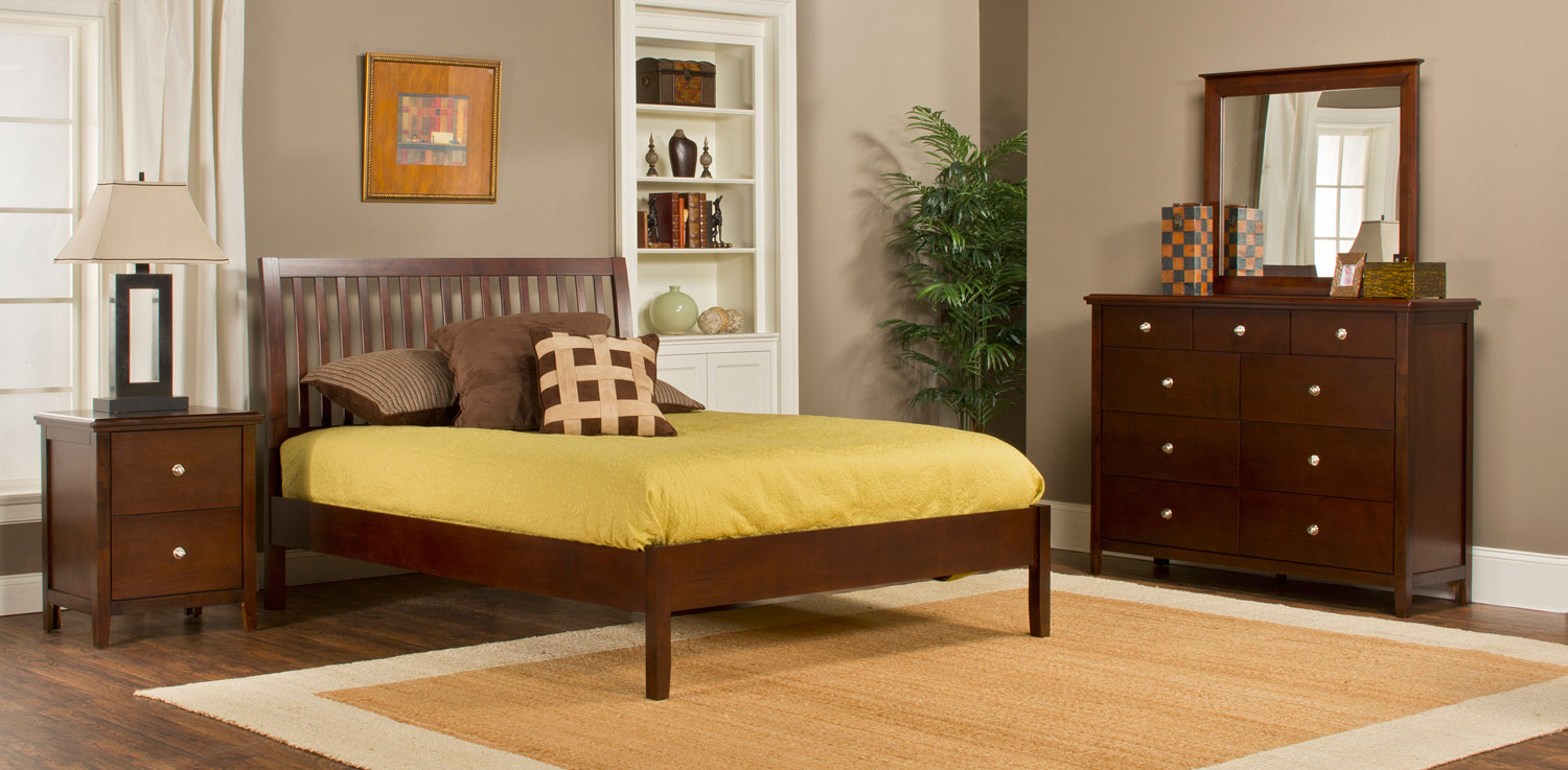Hillsdale Metro Liza Platform 4-Piece Bedroom Collection - Cherry