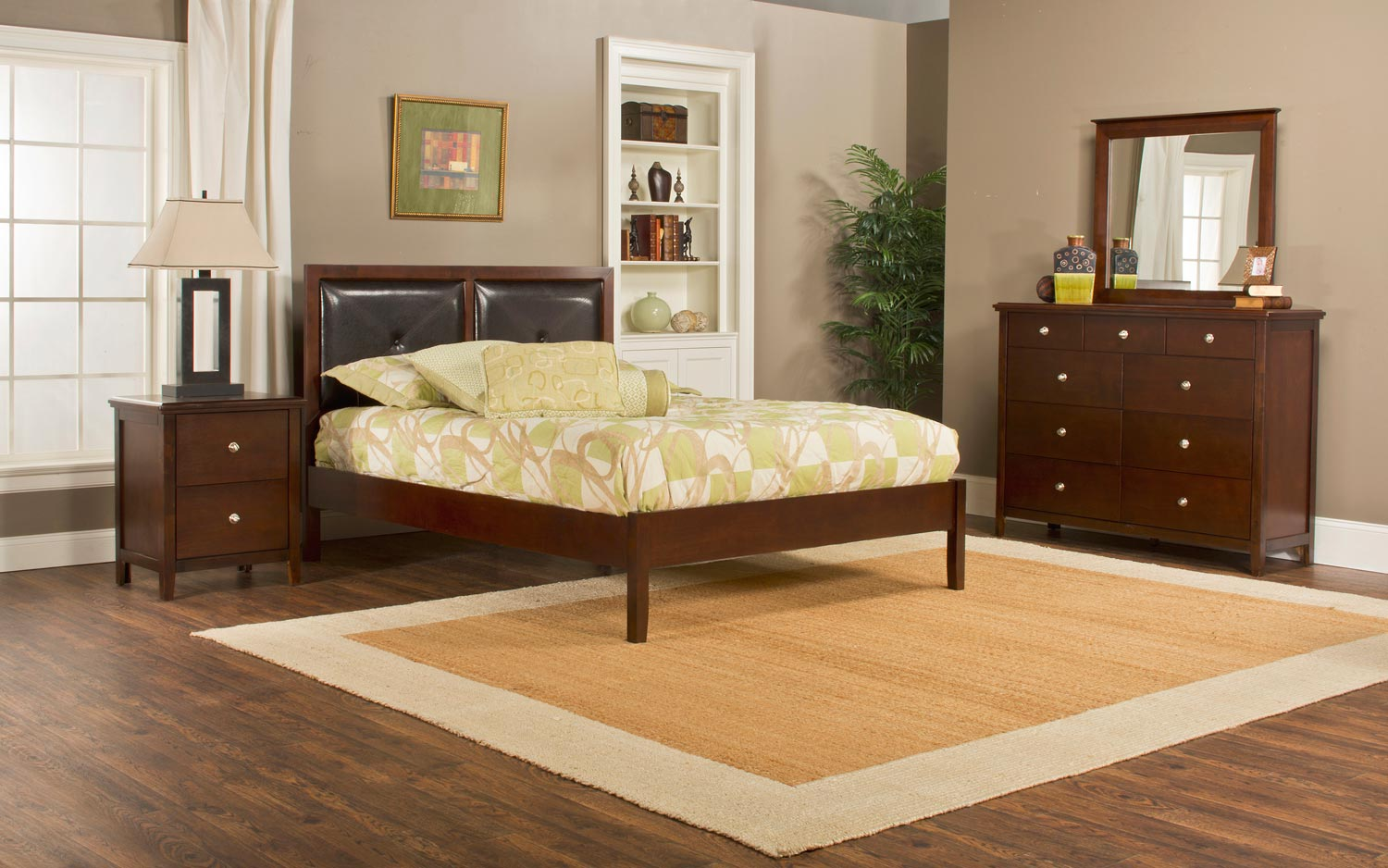 Hillsdale Metro Martin Platform 4-Piece Bedroom Collection - Cherry