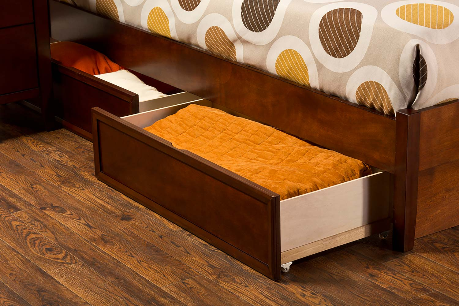 Hillsdale Metro Riva Storage Bed - Cherry
