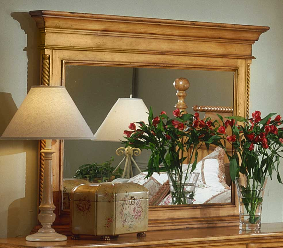 Hillsdale Wilshire Mirror - Antique Pine