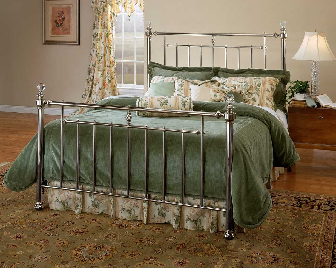 Hillsdale Lila Bed