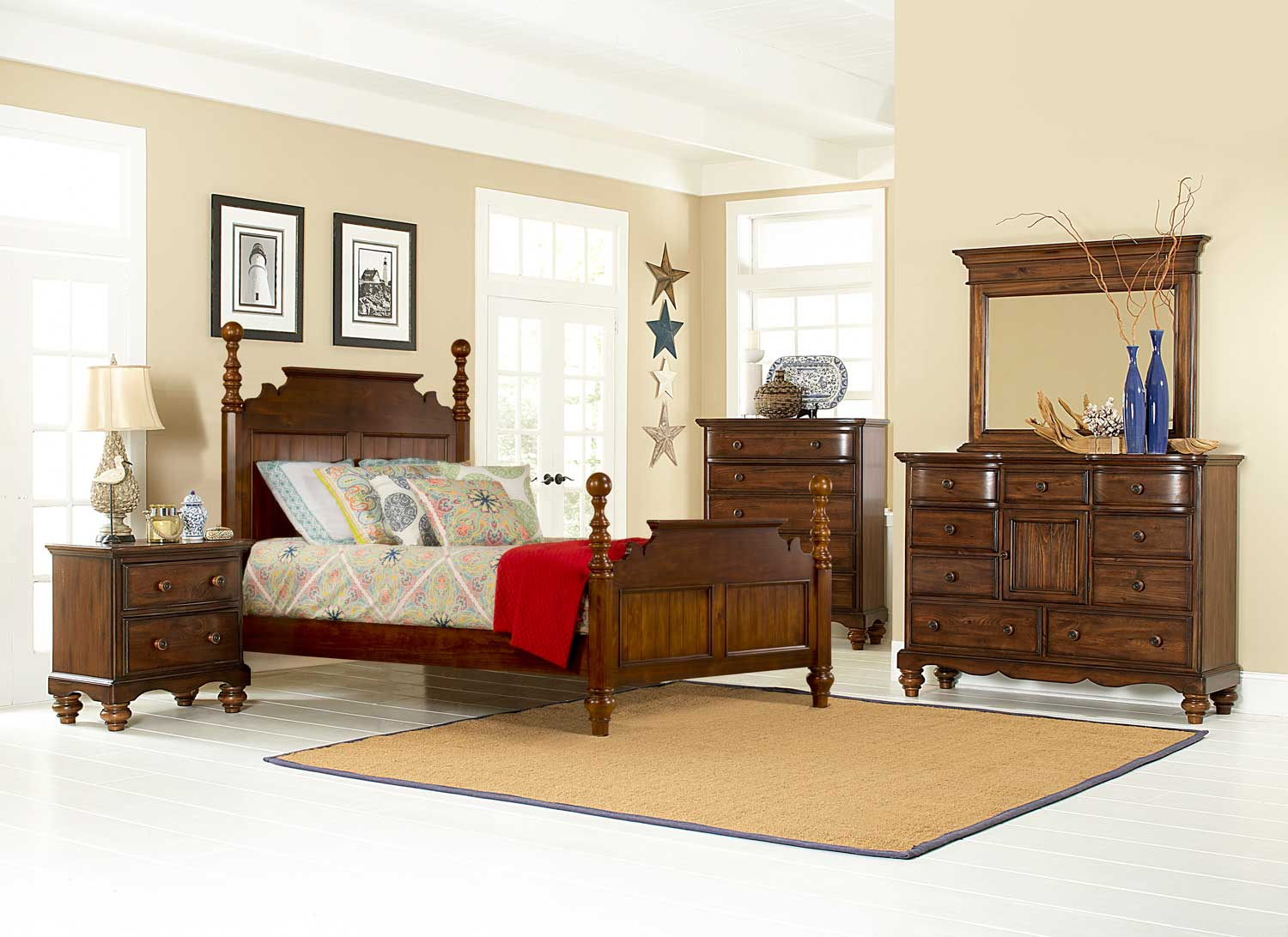 Hillsdale Pine Island Post Bedroom Set - Dark Pine