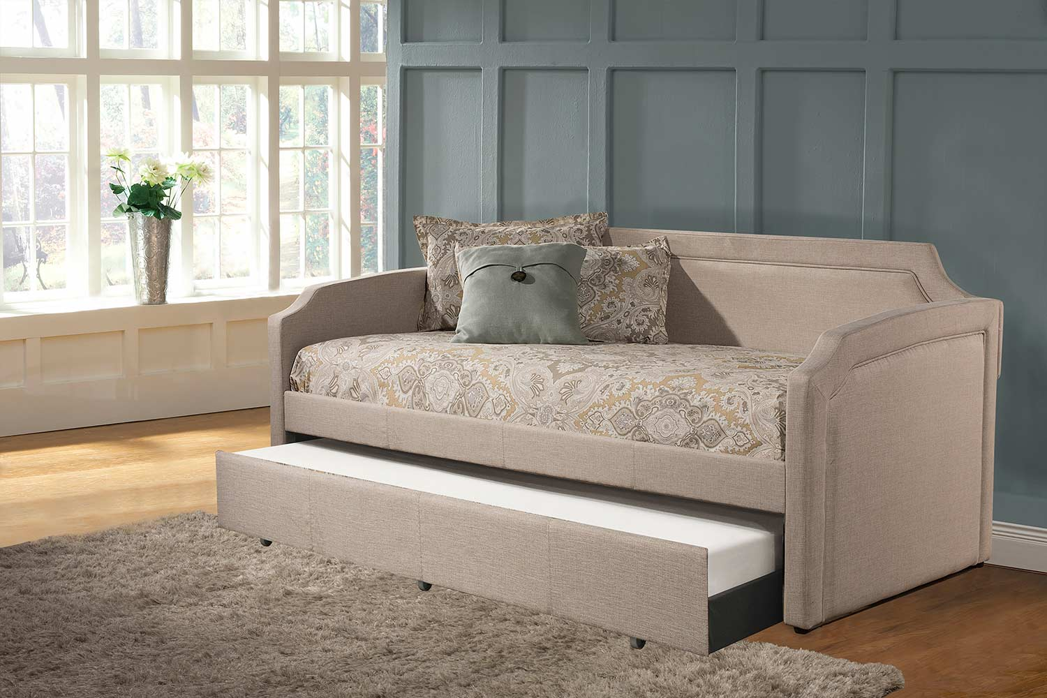 Hillsdale Paxton Daybed with Trundle - Cream