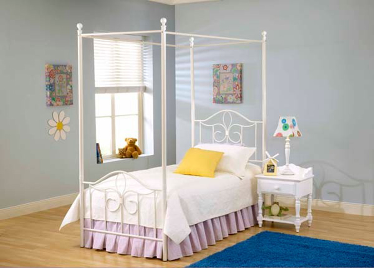 Hillsdale Westfield Youth Metal Canopy Bed