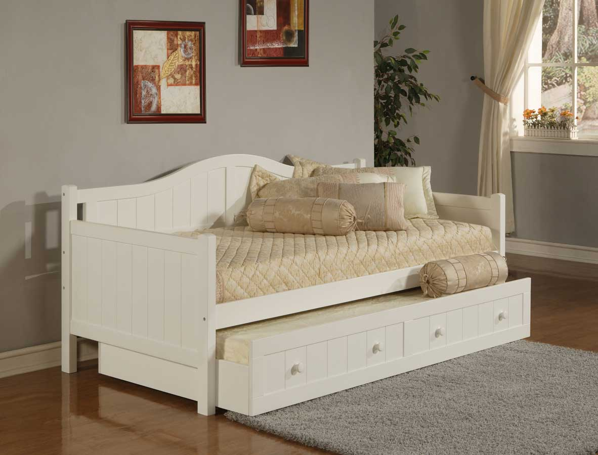 Hillsdale staci white daybed 1525db for Bedroom sets with mattress included