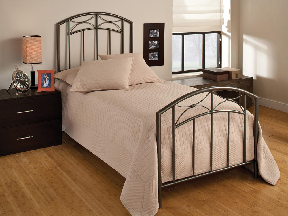 Hillsdale Morris Youth Bed