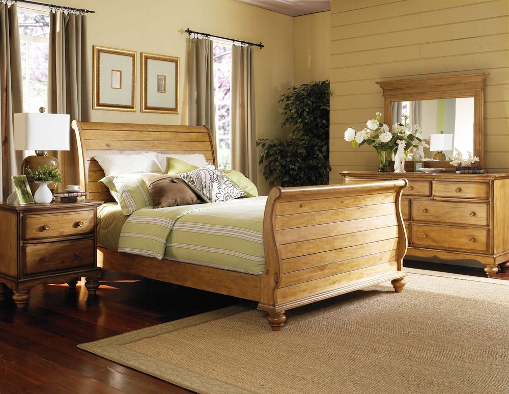 Hillsdale Hamptons Sleigh Bedroom Set - Weathered Pine