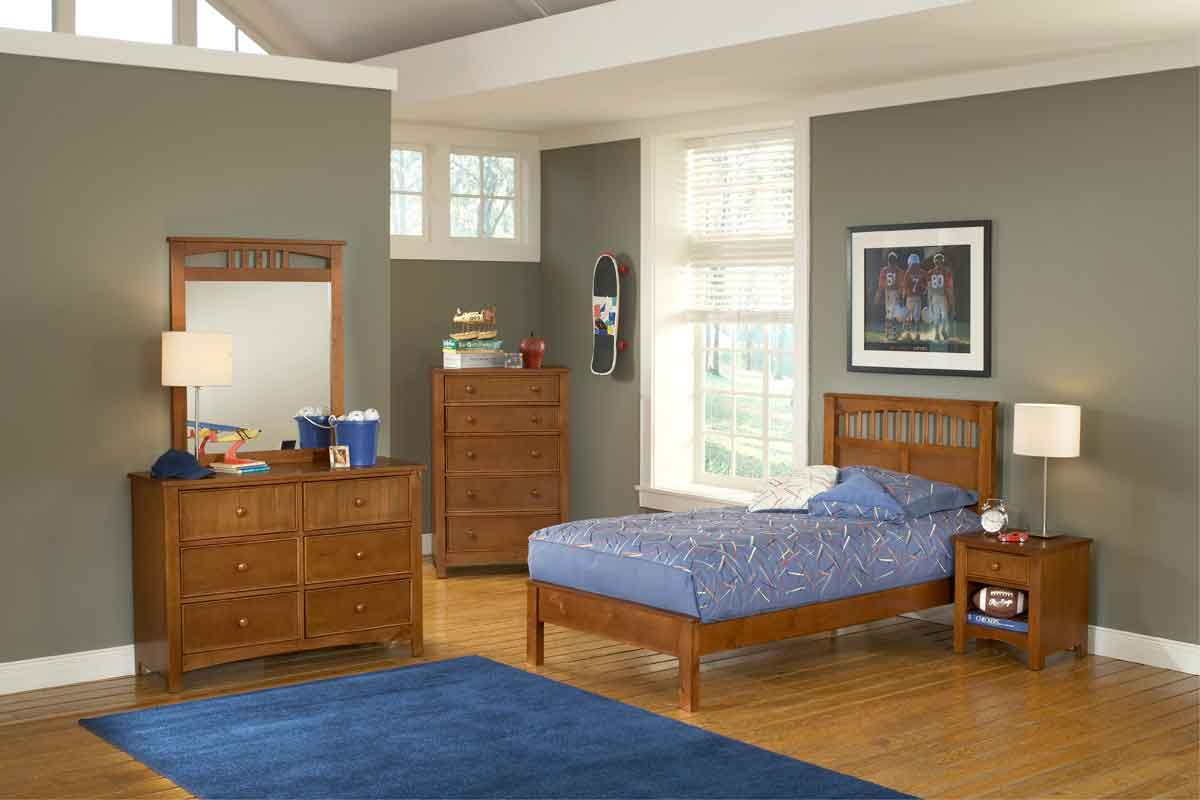 Hillsdale Taylor Falls Low Profile Bedroom Set
