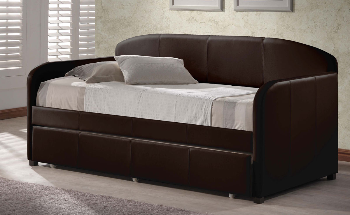 Springfield Daybed With Trundle - Brown - Hillsdale