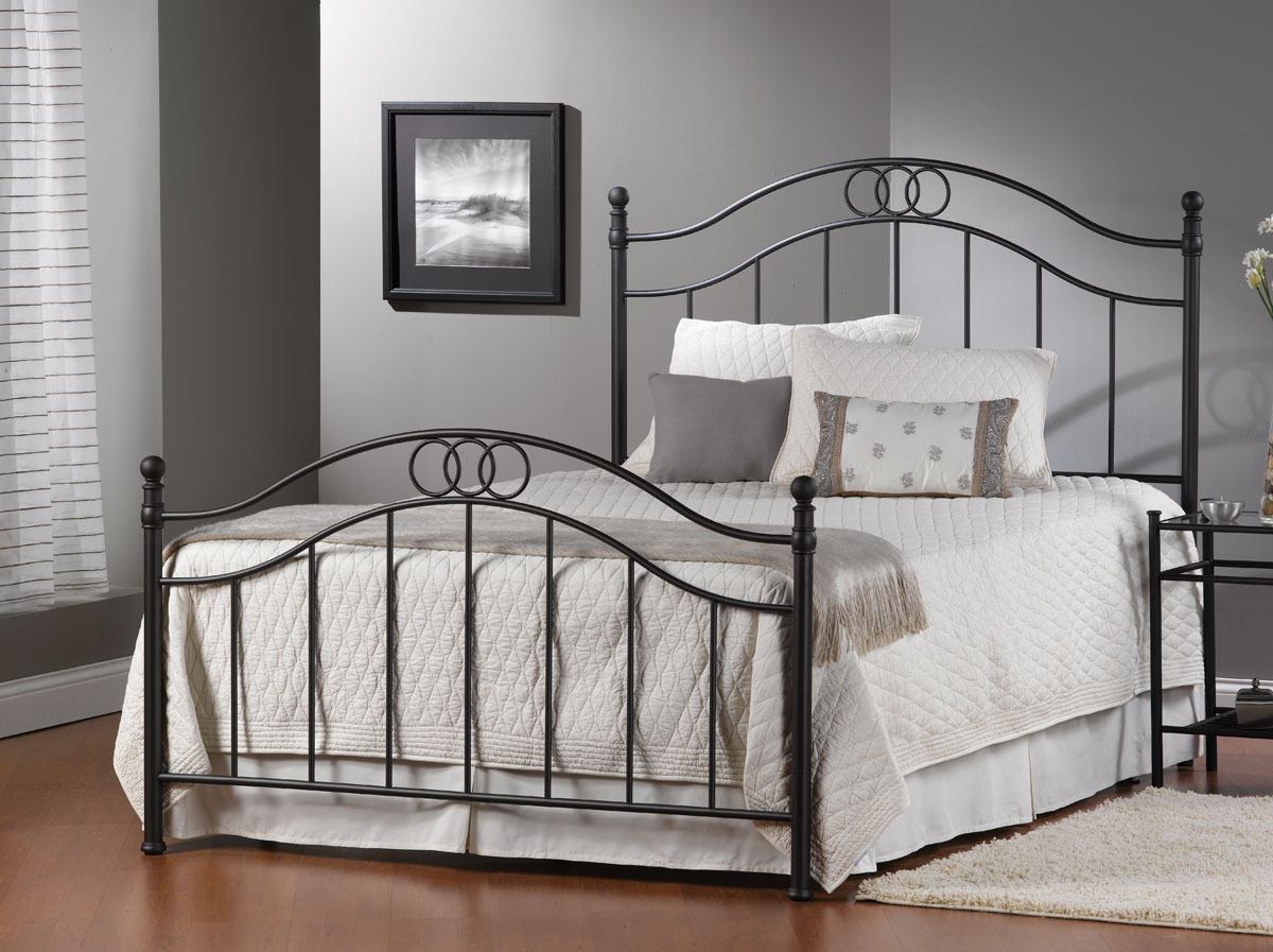 Gardiner Bed - Textured Pewter - Hillsdale