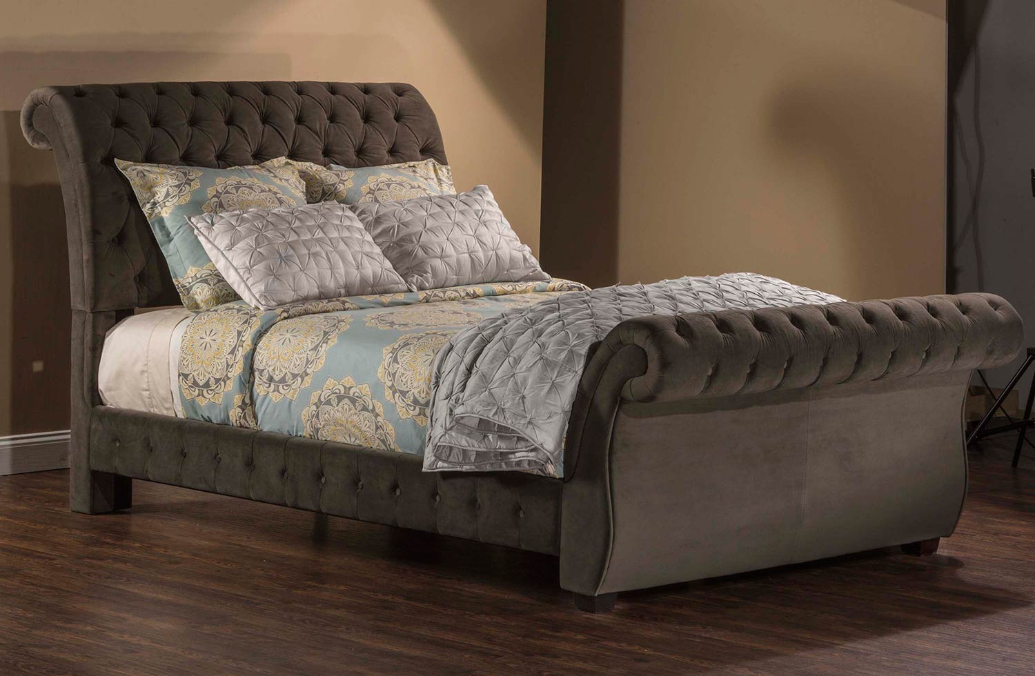 Hillsdale Bombay Bed - Pewter Fabric