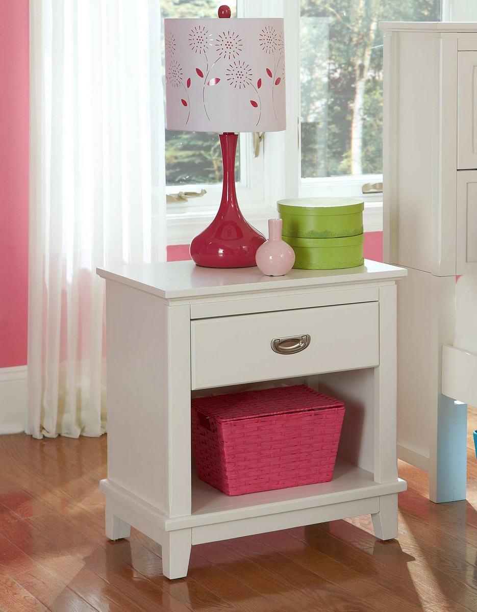 Hillsdale Bailey Night Stand - White