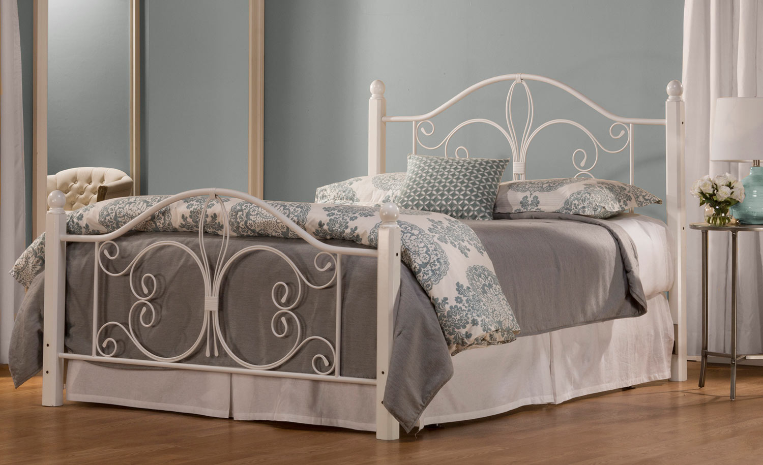 Hillsdale Ruby Wood Post Bed - Textured White