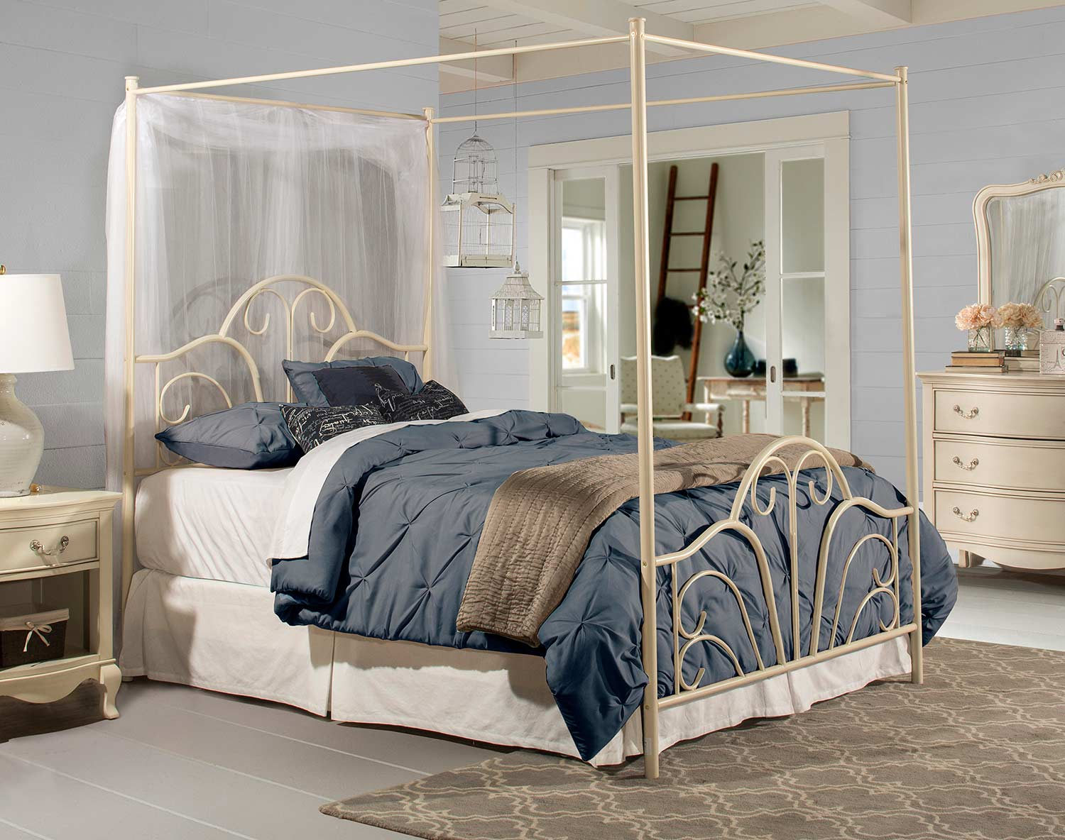Hillsdale Dover Metal Bed - Cream