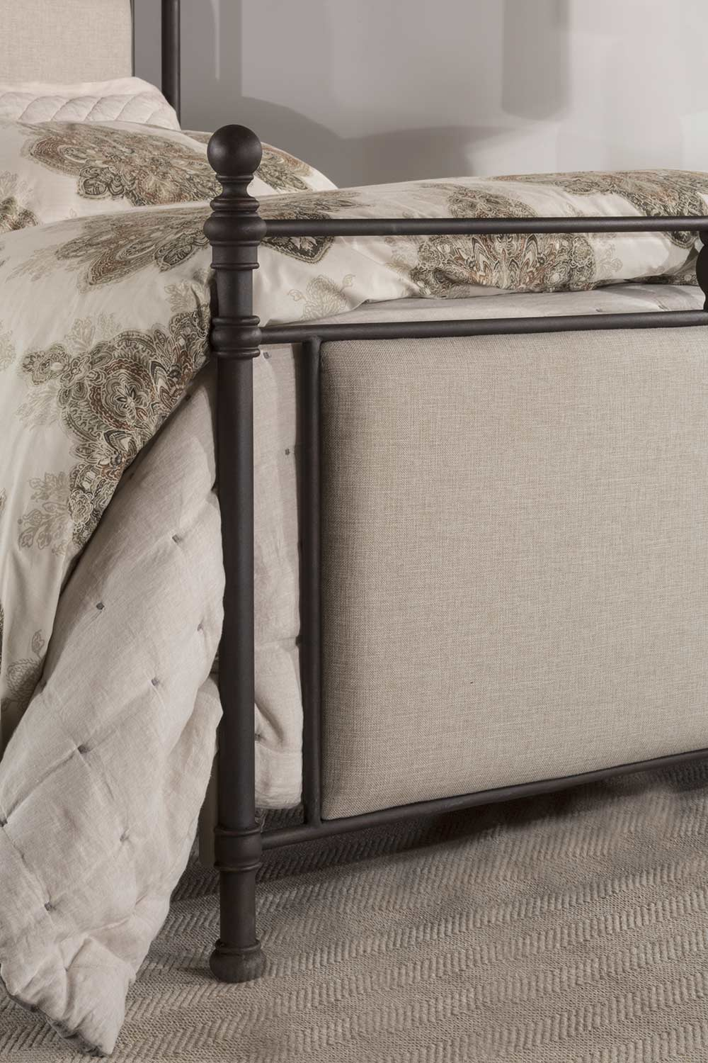 Hillsdale Ashley Bed - Rustic Brown