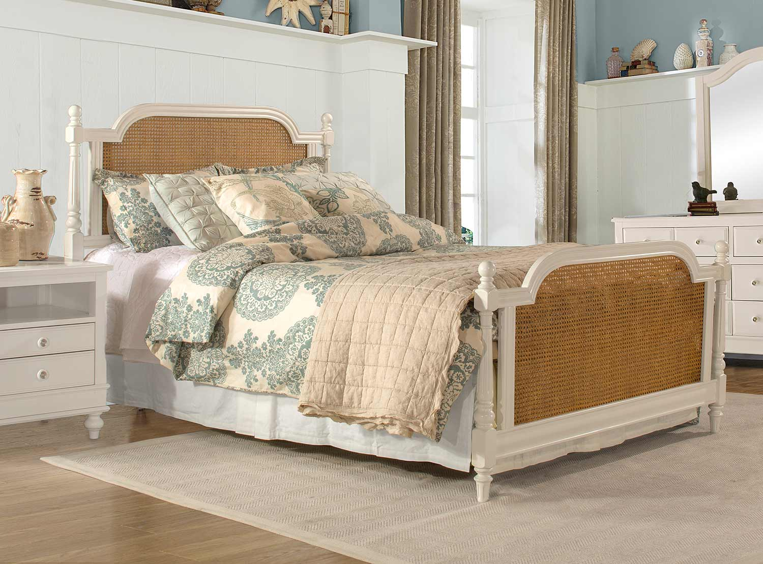 Hillsdale Melanie Metal Bed - White