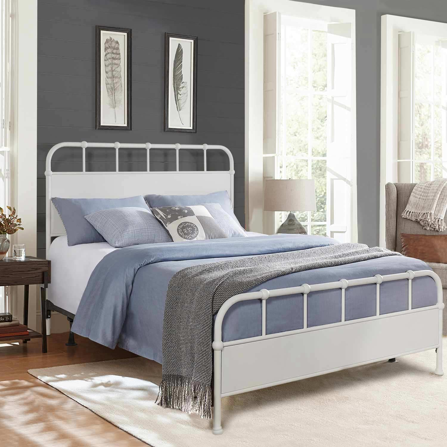 Hillsdale Grayson Metal Bed - Textured White