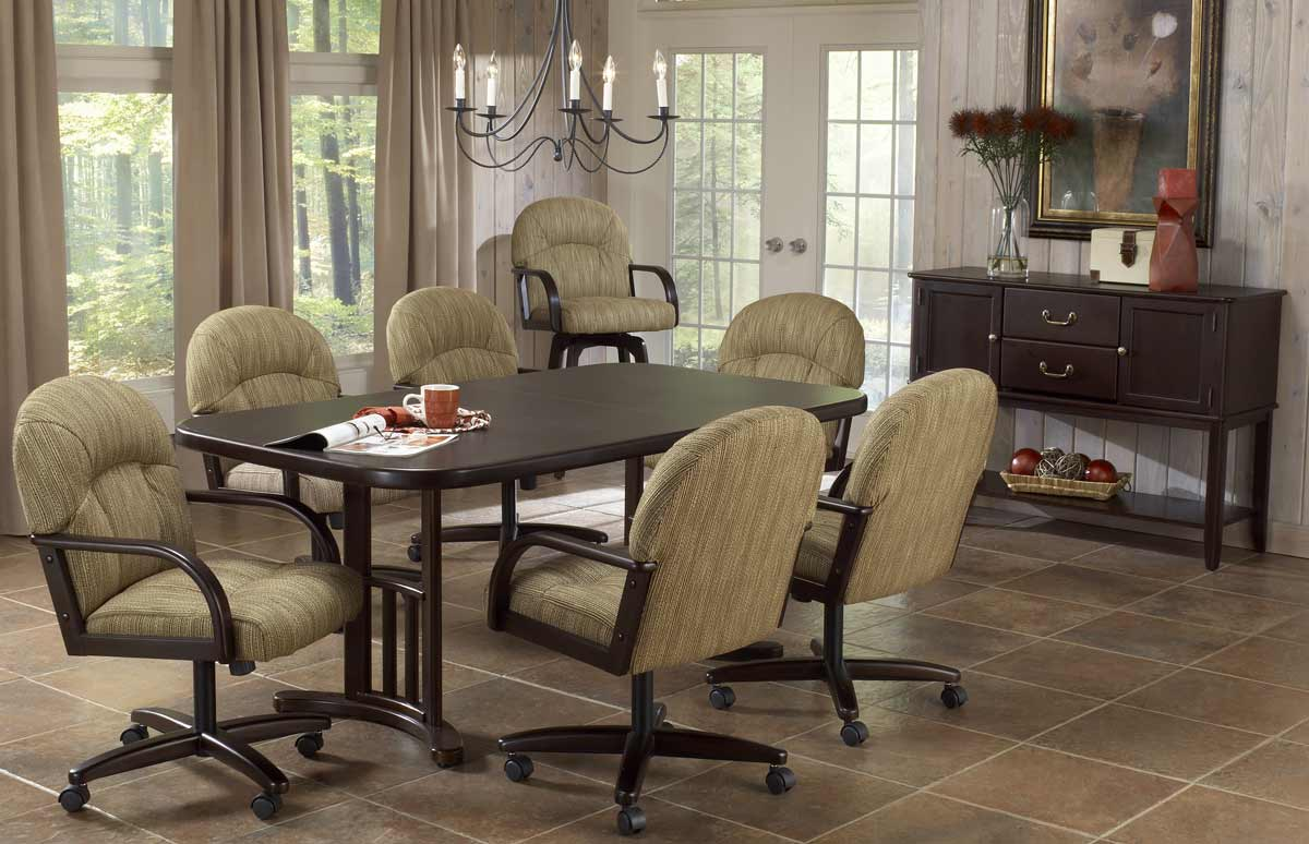 Hillsdale Versailles 5-Piece Dining Collection
