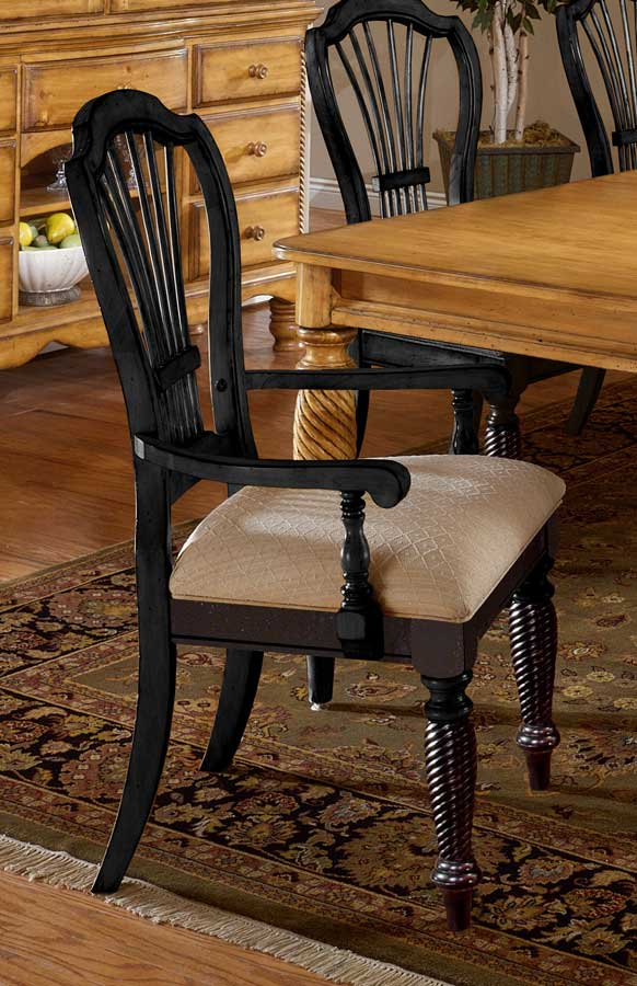 Hillsdale Wilshire Arm Chair   Rubbed Black