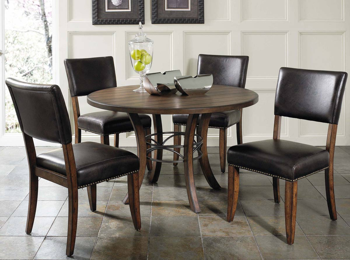 Hillsdale Cameron Round Dining Set With Parson Dining Chair