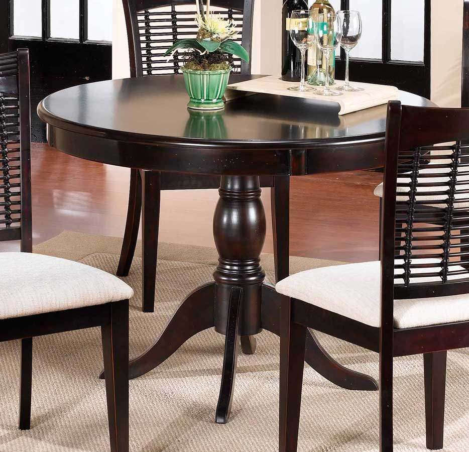 hillsdale glenmary bayberry round pedestal table dark. Black Bedroom Furniture Sets. Home Design Ideas