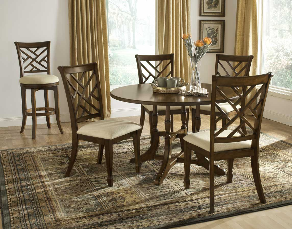 Hillsdale Garden Back Round Dining Table