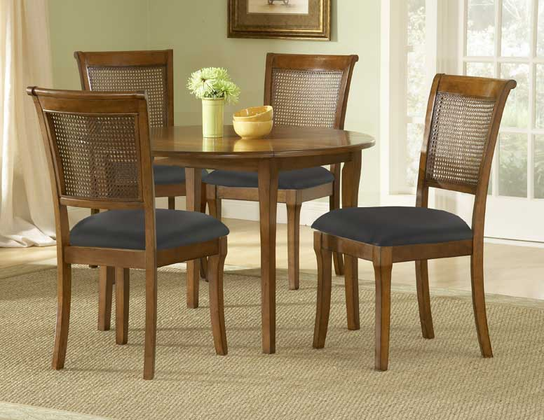 Hillsdale Preston Round Dining Set With Drop Leaf